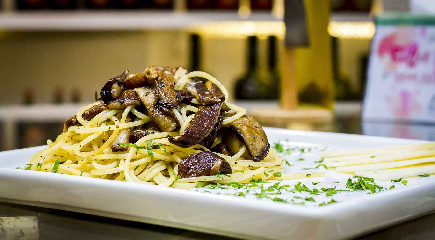 espaguete shitake fresco / Tra i Gusti
