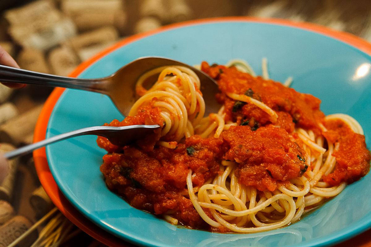 Espaguete sugo molho vermelho / Tra i Gusti